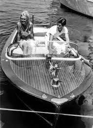 Datei:Brigitte Bardot - Sami Frey - Saint-Tropez - 1963.jpg – Wikipedia