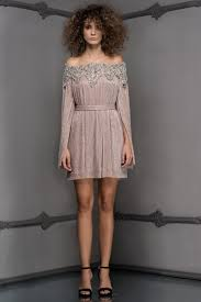 GREY FULL EMBROIDERY M N DRESS Raisa Vanessa GQ Pinterest.