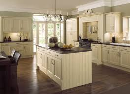 Traditional country kitchens Irfanview Kitchenfindr Country Kitchen Cream