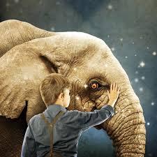 Hageri klassid: jõuluetendus mustkunstniku elevant