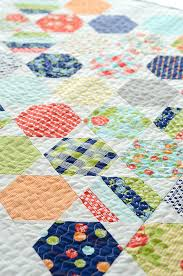Honeycombs Â« modafabrics & Camille: I made my Juggle quilt out of my Happy-Go-Lucky Honeycomb pack and  was surprised at how quickly and easily it came together. Adamdwight.com