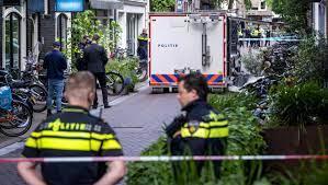 Peter R. de Vries nach Anschlag in Lebensgefahr: Ein Anschlag schockt die  Niederlande - DER SPIEGEL