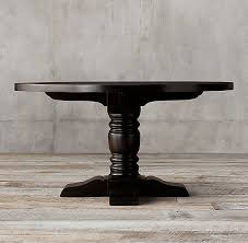 We love the modern farmhouse decor style for its blend of country style and modern comforts. 1930s French Farmhouse Round Dining Table