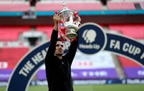 The fa cup final between chelsea and arsenal will start at 5.30pm on saturday 1 august, with the match referee also confirmed. Mikel Arteta Will Choose Strong Team