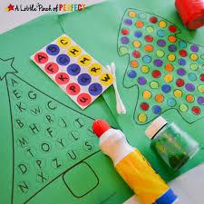 Christmas Tree Free Printable Activities for Kids -