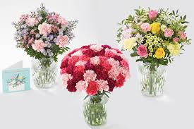 Their mother's day bouquets include roses, lilies, orchids, tulips, and more. Flying Flowers For Mother S Day 2021 Get Free Delivery
