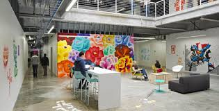 google office environment. In This Type Of Office Space, People Spend More Downtime With Colleagues Than A Typical Environment. Google Environment