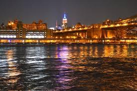 new york city at night photo essay suitcase stories new york city at night photo essay manhattan skyline