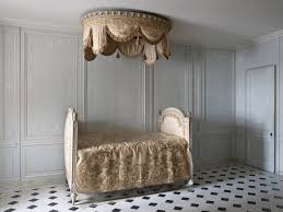 Marie Antoinette Inspired Bedroom Jardin Secret Xviiiame Pinterest The Ojays The Queen