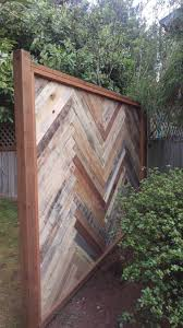 House Made From Pallets Pallet Fences O Your Design Build Can Save You Money O 1001pallets