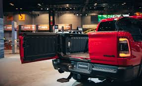 2019 Ram 1500 Pickup Truck Features New Multifunction Tailgate