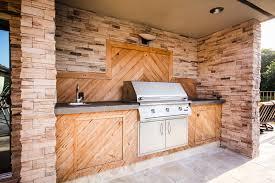 Custom Outdoor Kitchen Designs Stunning Tiki Huts And Outdoor Kitchens Luxury Pool Builder Palm Beach