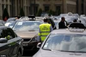 Uber app causes Central London gridlocked by black cab drivers ...