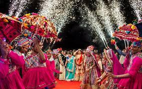 Que Porter à Un Mariage Indien En Tant Quinvité