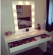 white vanity mirror makeup