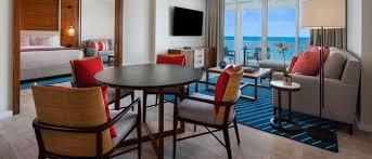 Ocean Bedroom Ocean View One Bedroom Suite Oneonly Ocean Club Bahamas
