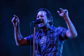 Pearl Jam Wrigley Field Concert Review Seattle Rockers