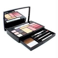 dior expert travel studio makeup palette 1x extreme wear makeup 1x concealer