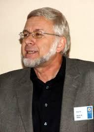 Dr. <b>Bruno Nikles</b> (Universität Duisburg-Essen, Foto rechts), seines Zeichens <b>...</b> - bhfmission_nikles