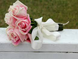 How To Make A Paper Ribbon Flower Use Silk Ribbon To Create A Wedding Bouquet How Tos Diy