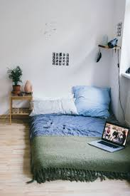 Apartment Bedroom 17 Best Ideas About First Apartment Bedrooms On Pinterest First
