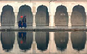 Symmetryreal and virtual a photo from Delhi North TrekEarth