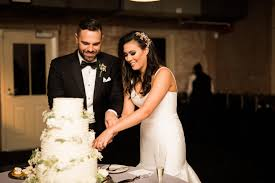 The Best Wedding Cake Flavor Combinations Weddingwire