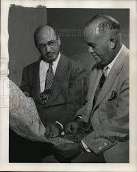 1952 Press Photo Marks Levine And Marvin MacDonald Scan Map For Tour -  ora50346: Amazon.ca: Home & Kitchen