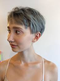 Hier Is Wat Niemand Over Grijze Kapsel Kapsels Halflang Haar