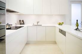look no handles image of a melbourne kitchen with handleless cabinetry