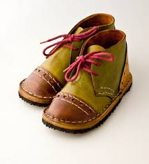making children s shoes