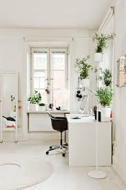 peaceful creative office space. Peaceful Home Office Space With Classic White Desk And Green, Airy Plants - So Serene! Creative A