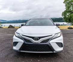 2018 toyota camry white. plain toyota unique to the xse is available twotone paintjob which looks  especially great with white body and black roof shown here all camry models start out  for 2018 toyota camry