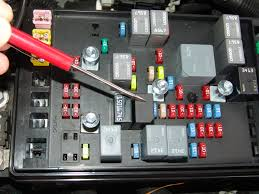 fuse box chevy venture 2004 on fuse images free download wiring 2004 Chevrolet Trailblazer Fuse Box Diagram 2002 chevy trailblazer headlight fuse 2004 chevy silverado 2500hd fuse box 2004 hummer h2 fuse box 2004 chevy silverado fuse box diagram