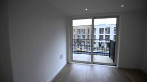 1 Bed Flat To Rent In Royal Victoria Gardens, Surrey Quays, SE16 | Benham  And Reeves Lettings