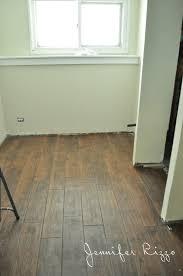 Contemporary Wood Grain Interlocking Floor Tile For Floor Tiles
