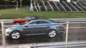 2010 Ford Taurus SHO 1/4 mile trap speeds 0-60 - DragTimes.com