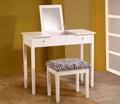Small Bedroom Vanity White Vanity Table With Mirror M White Vanity Table With Mirror