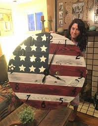 Repurpose old furniture Bedroom Turn An Old Spool Into Patriotic Clockthese Are The Best Upcycled Kitchen Fun With My Sons 20 Of The Best Upcycled Furniture Ideas Kitchen Fun With My Sons