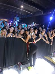 Social Media Superstar Jen Selter Draws over 3,000 to her fitness workout  in Mexico