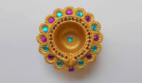 Designs For Diya Decoration DIY How to Decorate Beautiful Golden Diya YouTube 2