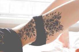 татуировки на женском теле соблазнительно или кошмарно мужской