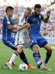 Zunächst weiterspielte, offenbart nun referee nicola rizzoli. Spieler Hatte Totalen Blackout Kramer An Schiri Ist Das Das Finale N Tv De