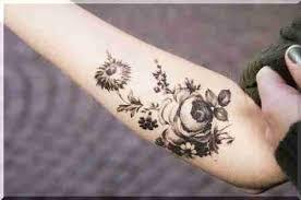 Tetování Pro Dívky Fotografie Dívčí Tetování Na Noze Na Zádech