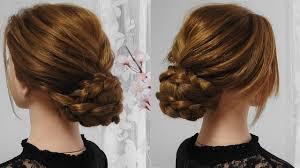 三つ編みアップスタイル落ち着いた感じで優美な髪型簡単なロングアップアレンジ