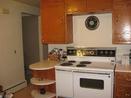 colors to paint kitchen1950s vintage oak kitchen  what color to paint walls