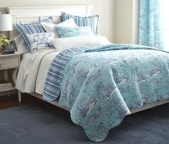 hampstead blue toile 7pc queen quilt set white oriental