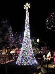 Outside Christmas Lights Top 10 Biggest Outdoor Christmas Lights House Decorations Digsdigs