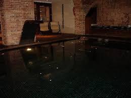 basement spa. Hotel 1898: Basement Spa Pool