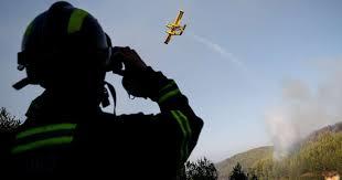 Cinco meios aéreos e 100 operacionais combatem incêndio em Alijó